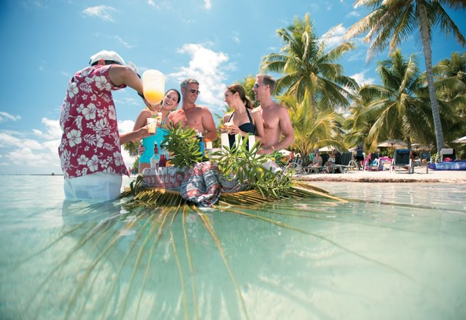 https://tahititourisme.de/wp-content/uploads/2018/01/Motu-Swimming-Bar.jpg