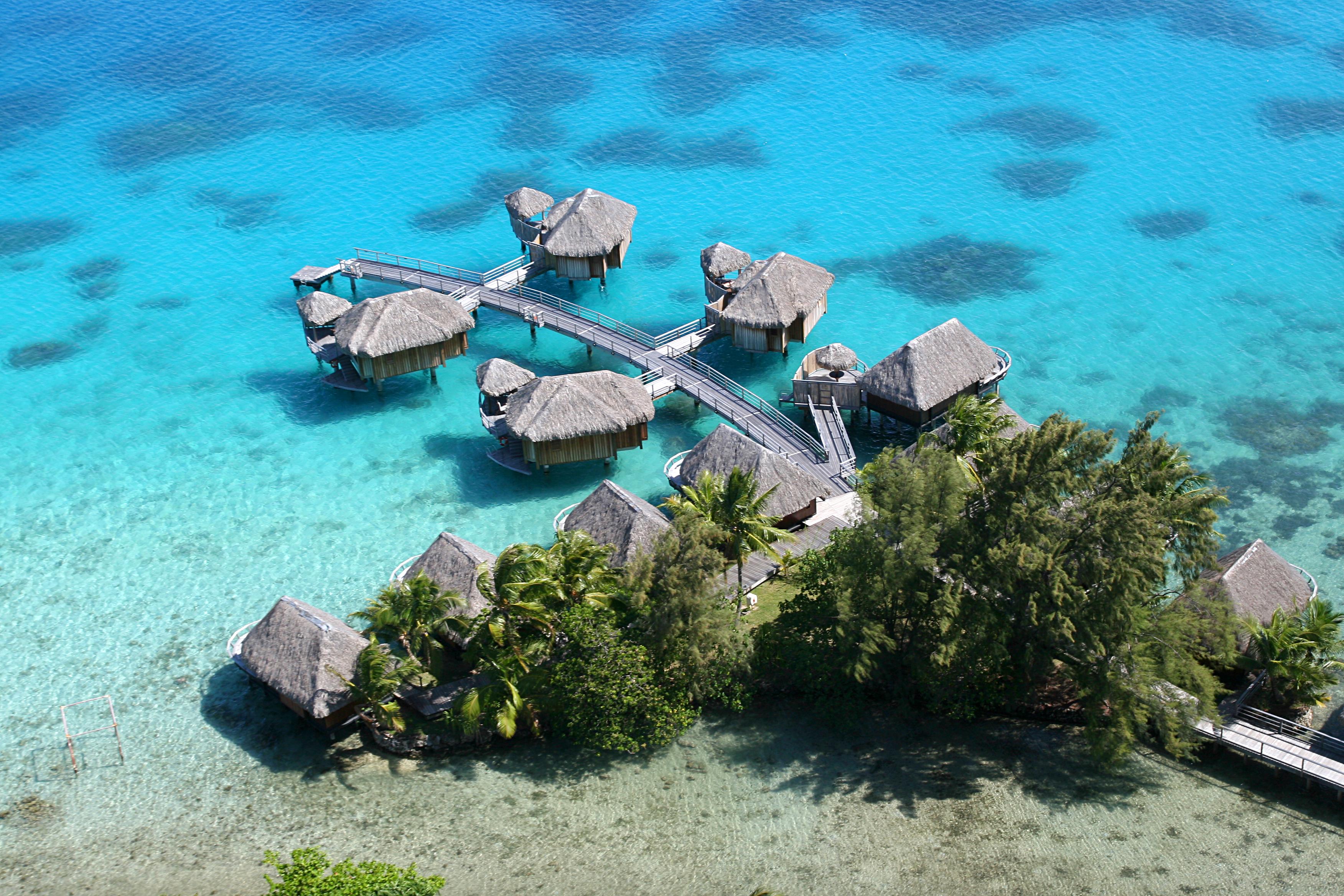 https://tahititourisme.de/wp-content/uploads/2018/03/BOB-Sofitel-Marara-Aerial-Views-2.jpg