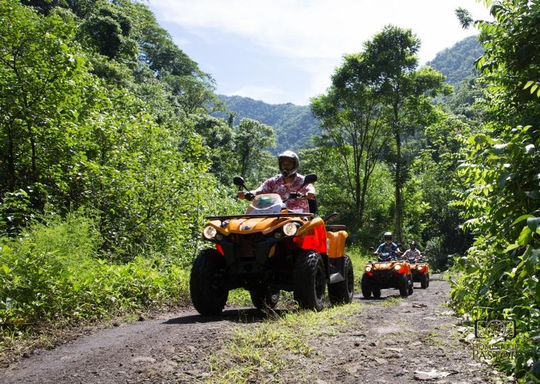 https://tahititourisme.de/wp-content/uploads/2018/05/ACTIVITES-TERRESTRE-Vaihiria-Quad-Tahiti-2.jpg