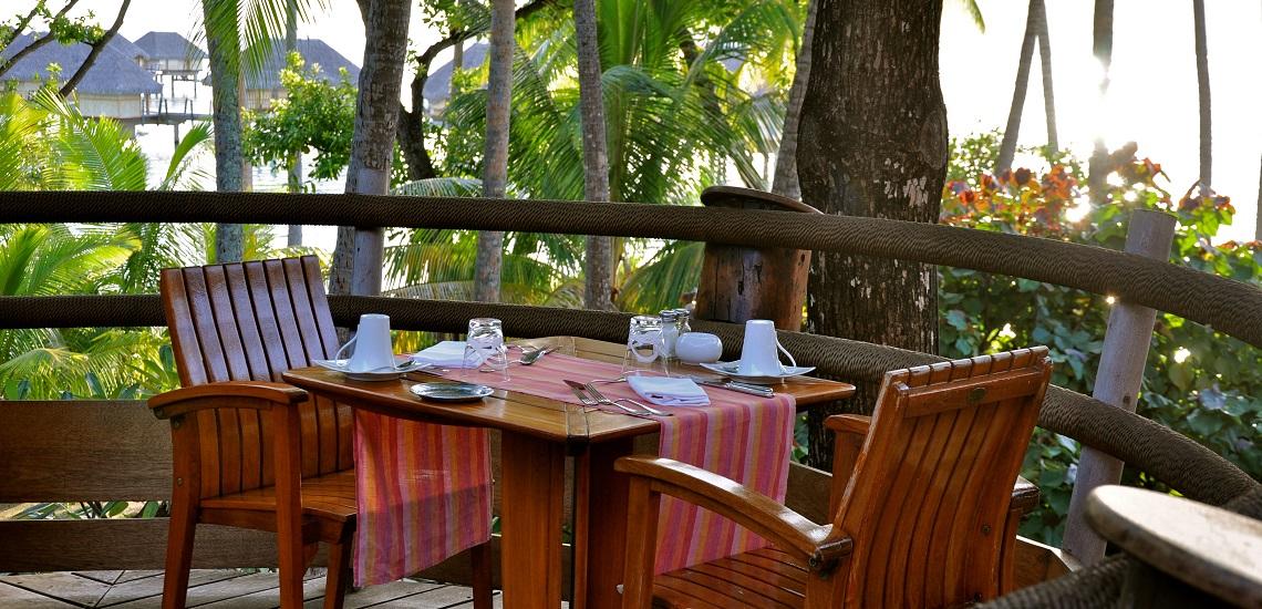 https://tahititourisme.de/wp-content/uploads/2018/11/Le-Vanille-Restaurant.jpg