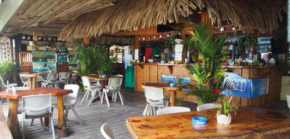 https://tahititourisme.de/wp-content/uploads/2019/06/HUAHINE-YACHT-CLUB1140x550px.jpg