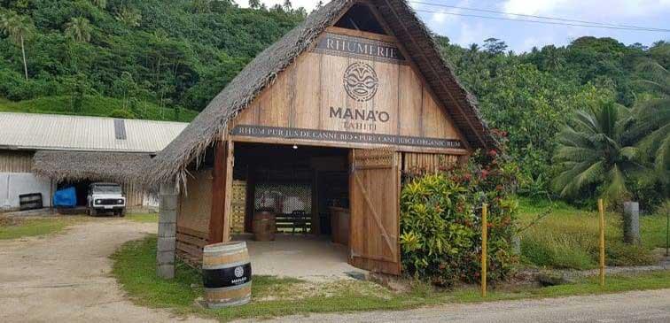 https://tahititourisme.de/wp-content/uploads/2019/11/RHUMERIE-MANAO-1140x550.jpg