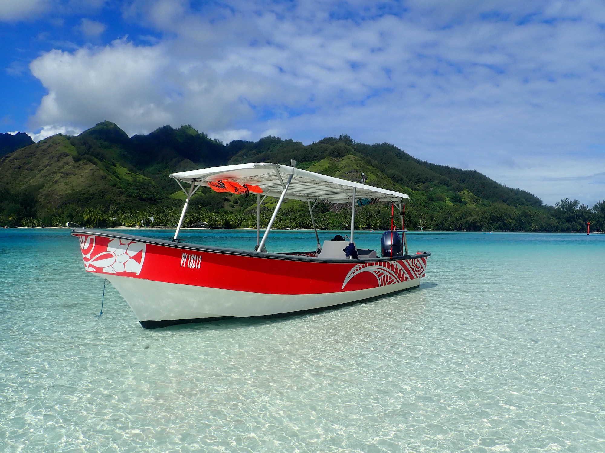 https://tahititourisme.de/wp-content/uploads/2020/09/Boat-Hinaloa.jpg
